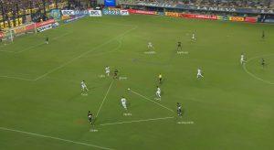 Triangulacion - Cómo hacer jugadas de futbol en Equipo